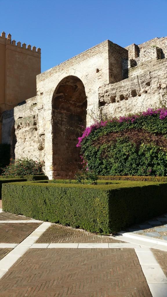 alcazar gardens sevilla
